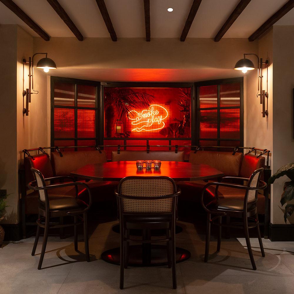 khai-khai-smoke-play-the-parlour-interior-design-neon-smoke-art